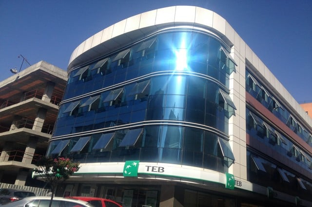 Dış cephe cam temizliği nasıl yapılır? Bina cephe cam temizlik şirketleri neler yapar? Dış cephe alüminyum kaplamaların temizlenmesi, cam yıkama firmaları